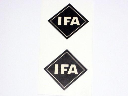 Aufklebersatz IFA Zeichen Tank S50 im Original-Design