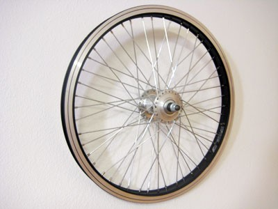 Speichenrad schwarz/silber 16 Zoll f. Mopedanhänger